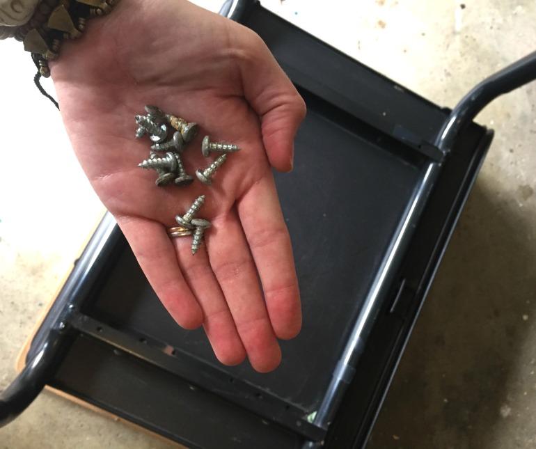 DeskScrews